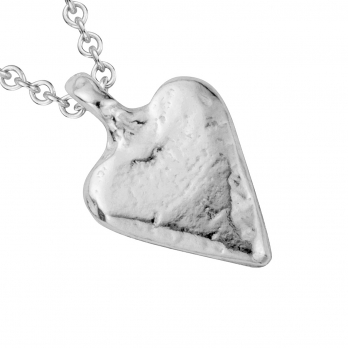 Silver Mini Heart Necklace detailed