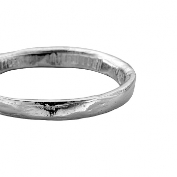 Ladies Platinum Posey Ring detailed