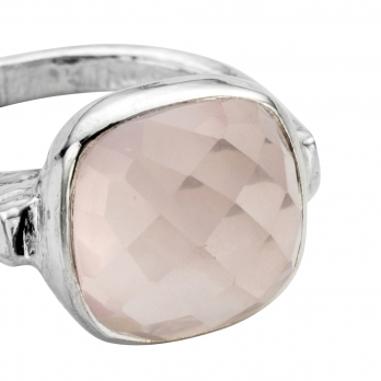 Silver Rose Quartz Crystal Ring detailed