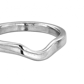 Silver Ladies Wave Wedding Band detailed