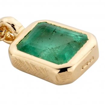 TATIANA Gold Emerald Necklace detailed