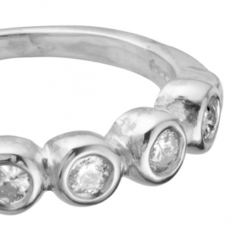 The MARMOLADA Silver Diamond Ring detailed