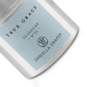 DD x True Grace Seashore Tin Candle  detailed