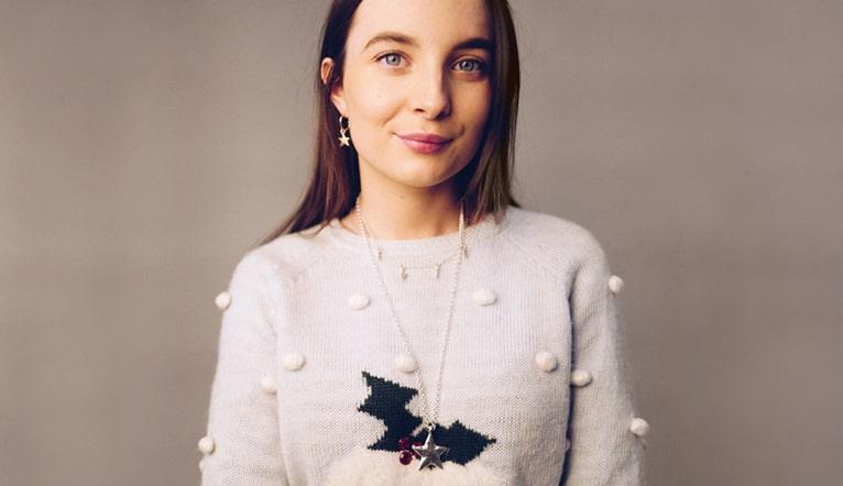 Daniella Draper Evie The Elf