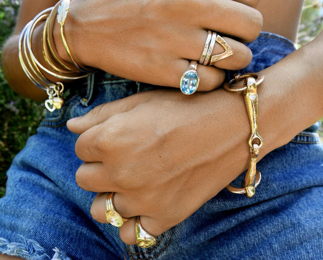 v-rings-stacking-summer